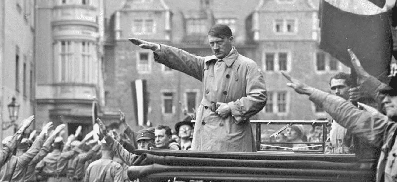 Adolf Hitler i Weimar i oktober 1930.